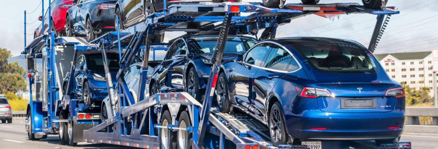 Transport de voiture par camion